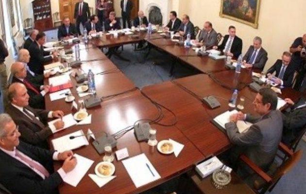 Ομόφωνα το Εθνικό Συμβούλιο της Κύπρου ζητά τον τερματισμό των τουρκικών ενεργειών
