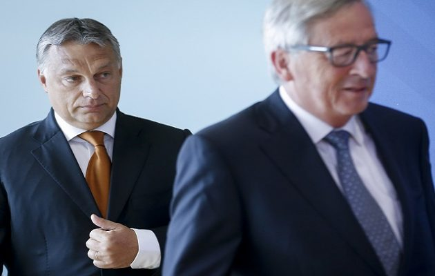 Γιούνκερ: Ο Όρμπαν αν δεν σεβαστεί τις αξίες δεν έχει θέση στο ΕΛΚ