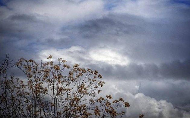 Καιρός: Νεφώσεις, βροχές και πτώση θερμοκρασίας την Κυριακή