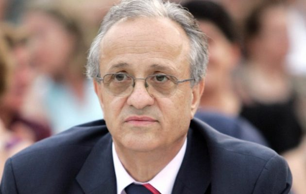 Eυάγγελος Πολύζος: Όταν έκανε κριτική στην κυβέρνηση Σαμαρά και ζητούσε επιστροφή του Καραμανλή