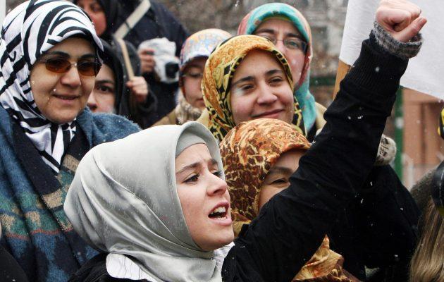 Παντρεύουν τις Τουρκάλες πριν ακόμα γίνουν γυναίκες – Το 25% παντρεύτηκε πριν ενηλικιωθεί