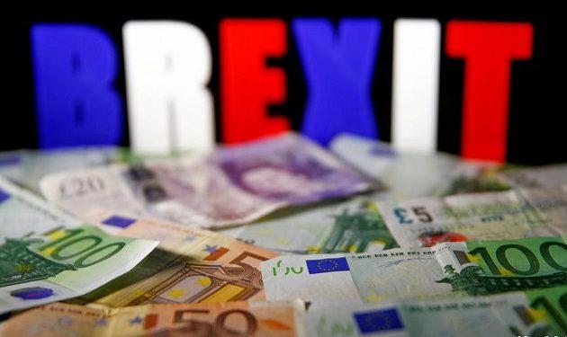 Ο χρηματοδότης του BREXIT Άρον Μπανκς κατηγορείται ότι πήρε τα λεφτά από τη Ρωσία