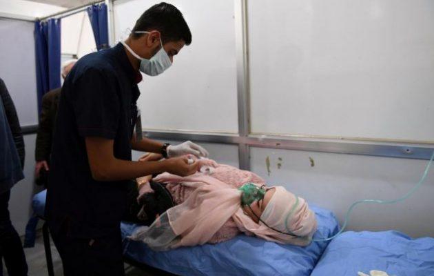 Εμανουέλ Μακρόν: Να ερευνήσει ο ΟΑΧΟ την επίθεση με χημικά στο Χαλέπι της Συρίας