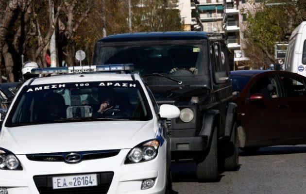 Προφυλακίσθηκαν οι έξι Ρομά που επιτέθηκαν σε αστυνομικούς στου Ρέντη