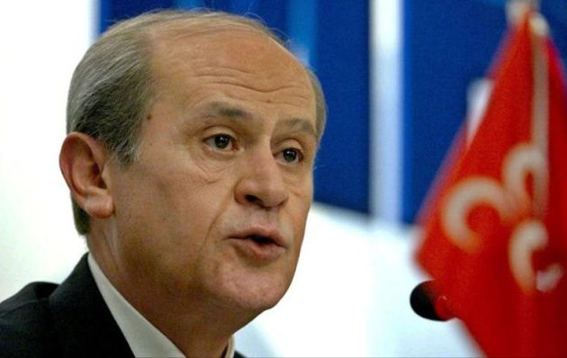 Ντεβλέτ Μπαχτσελί: Η Τουρκία βρίσκεται λίγο πριν την κοινωνική κρίση