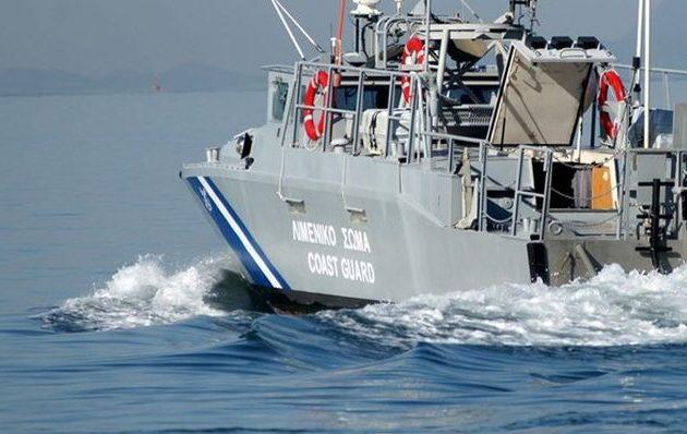 Μήλος: Βυθίστηκε σκάφος με 18 επιβαίνοντες – Μεγάλη επιχείρηση διάσωσης