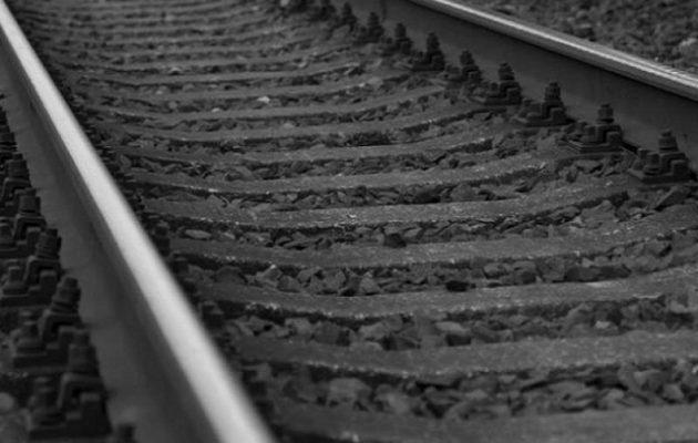 Θανατηφόρο ατύχημα στο Κορδελιό: Τρένο παρέσυρε άνδρα