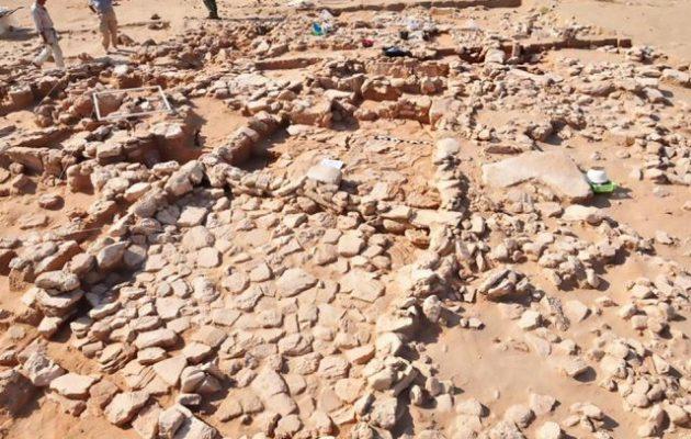 Πολωνοί αρχαιολόγοι ανακάλυψαν πόλη 7.500 ετών στην ακτή του Κουβέιτ