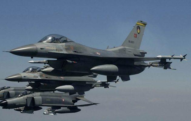 Τουρκικά μαχητικά πέταξαν πάνω από δύο ελληνικά νησιά στο Αιγαίο