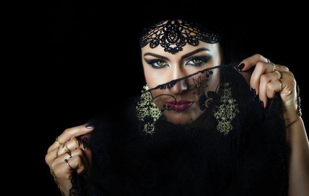 Ξεπουλάει ο «Οδηγός σεξ για Μουσουλμάνες» που υπόσχεται ηδονές αποδεκτές από το Ισλάμ