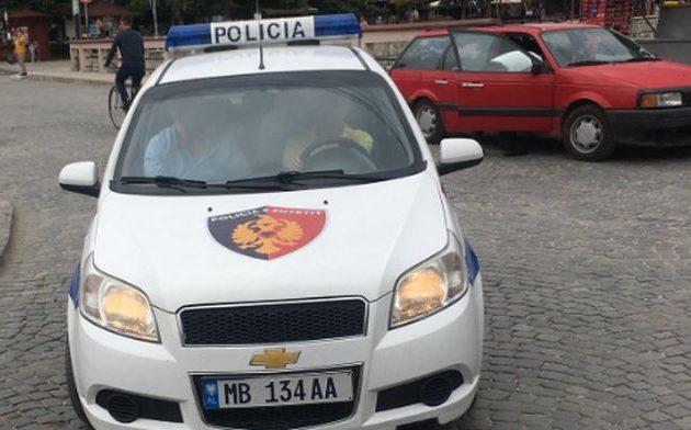 Έλληνας αστυνομικός συνελήφθη από τους Αλβανούς – Είναι ο φρουρός βουλευτή της ΝΔ