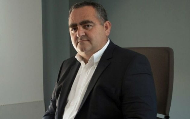 Οι Αλβανοί συνέλαβαν τον πρόεδρο της Ομόνοιας Χειμάρρας Φρέντη Μπελέρη