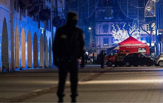 Και τέταρτος νεκρός από την επίθεση στο Στρασβούργο – Άνοιξε ξανά η χριστουγεννιάτικη αγορά
