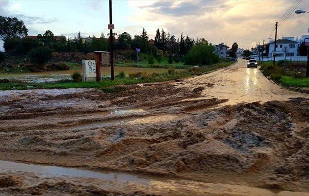 Κατακλυσμός στην Κύπρο: Πλημμύρες και σφοδροί άνεμοι σε Λευκωσία, Λεμεσό