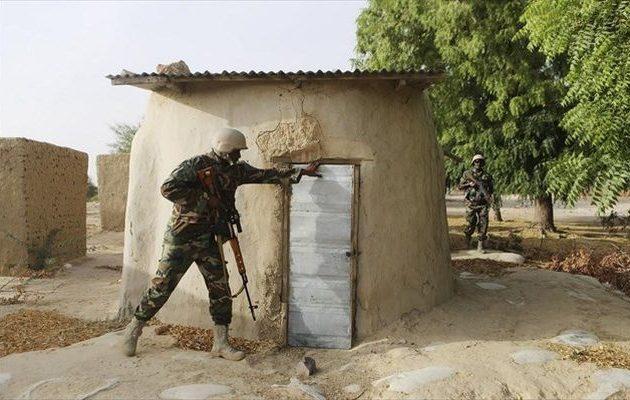 Η Μπόκο Χαράμ επιτέθηκε σε στρατιωτική βάση στη Νιγηρία – Νεκροί οκτώ στρατιώτες