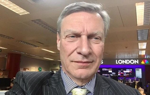 Γιατί ο ειδικός ανακριτής Μιούλερ «ξεσκονίζει» συνεργάτη του Τραμπ