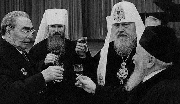Τολμάνε οι Ρώσοι και κατηγορούν το Οικ. Πατριαρχείο για πράκτορες της CIA; Ποιοι; Οι παπάδες πράκτορες της NKVD;