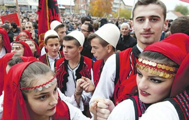 622.000 Αλβανοί απέκτησαν την τελευταία δεκαετία άδεια διαμονής σε ευρωπαϊκές χώρες