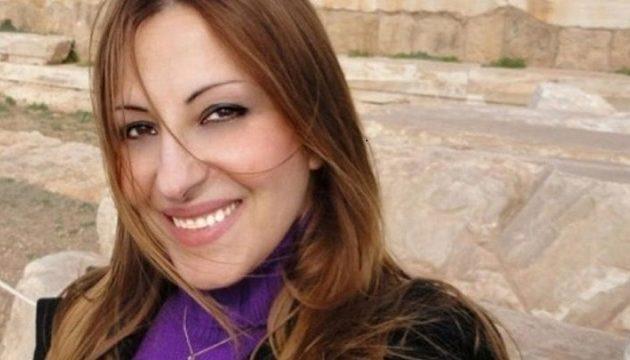 Η Άντζυ Σαμίου επαινεί Τσίπρα: Υποκλίνομαι στον ηγέτη και τον άνδρα