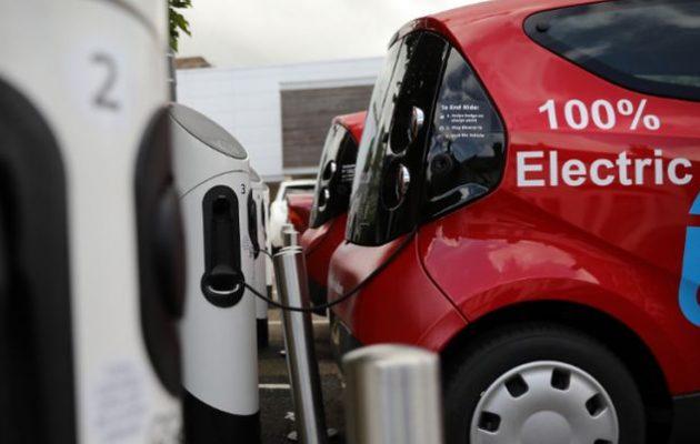 Νορβηγία: Μέχρι το 2025 θα κυκλοφορούν μόνο ηλεκτρικά αυτοκίνητα