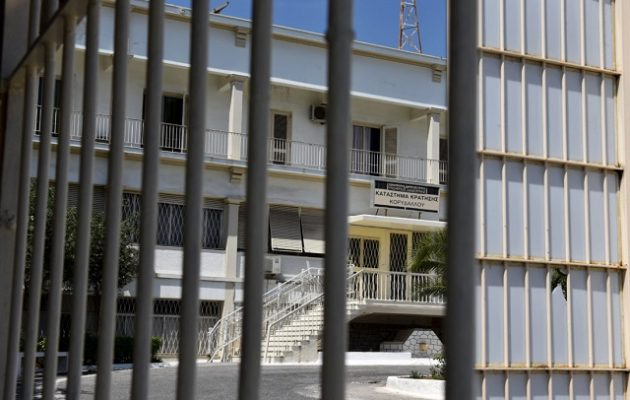 «Kελαηδάει» ο προφυλακισμένος δικηγόρος για την μαφία των φυλακών – Τι είπε στο υπόμνημά του