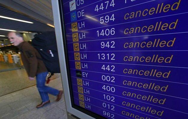 Μπαράζ απεργιακών κινητοποιήσεων «καθηλώνει» τα αεροπλάνα στη Γερμανία