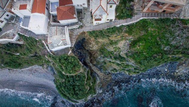 Kατολίσθηση στη Σκόπελο εξαφάνισε ολόκληρη πλαγιά (φωτο +βίντεο)