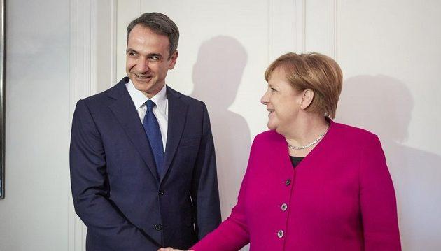 Στα μουλωχτά συναντήθηκαν Μέρκελ-Μητσοτάκης στο σπίτι του Γερμανού Πρέσβη