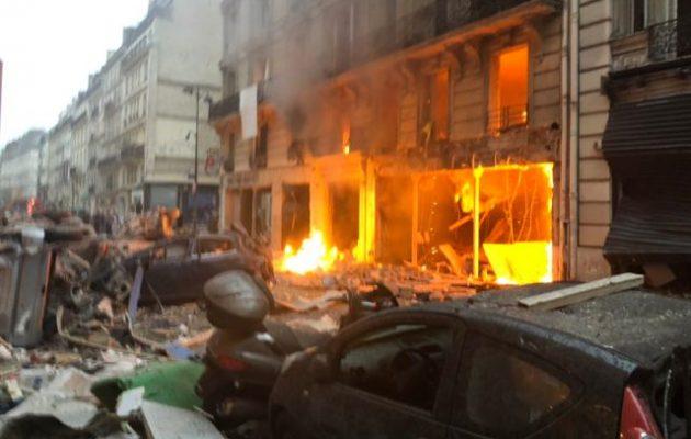 Ισχυρή έκρηξη στο Παρίσι με φωτιά και χάος (φωτο)