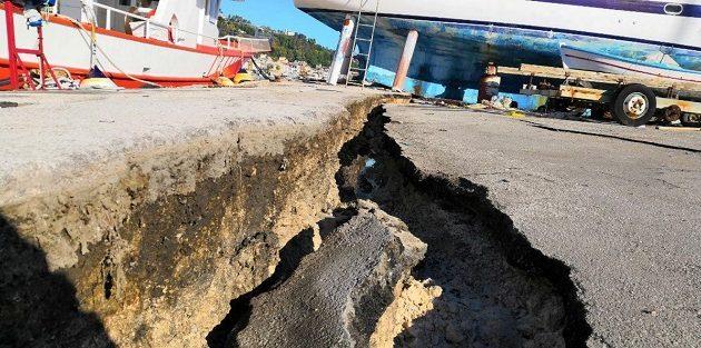 Πάνω από 2.700 σεισμικές δονήσεις μετά τον σεισμό των 6,8 Ρίχτερ στη Ζάκυνθο