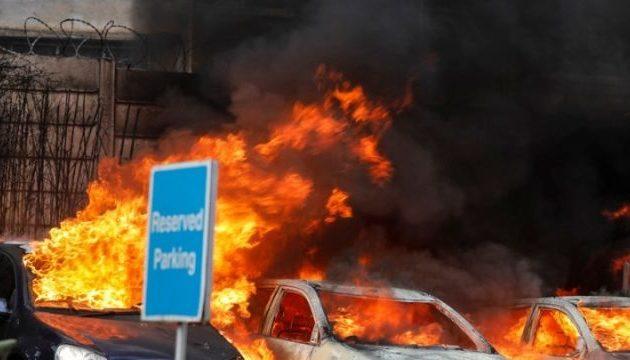 Τουλάχιστον 15 νεκροί από επίθεση τζιχαντιστών στο Ναϊρόμπι – Ανάμεσά τους ένας Αμερικάνος και ένας Βρετανός