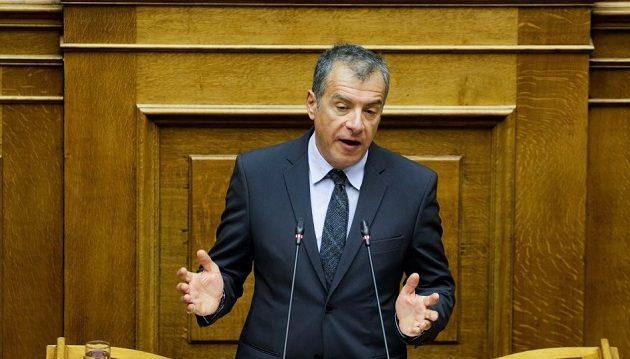 Εκλογή Προέδρου με ψήφους ευρωβουλευτών και δημάρχων προτείνει ο Θεοδωράκης