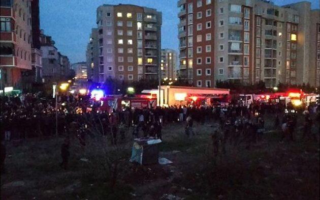Έπεσε στρατιωτικό ελικόπτερο μέσα στην Κωνσταντινούπολη (βίντεο)