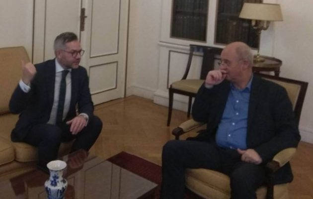 Ο Παναγιώτης Παυλόπουλος δέχτηκε τον Γερμανό υφυπουργό Εξωτερικών Μίκαελ Ροθ