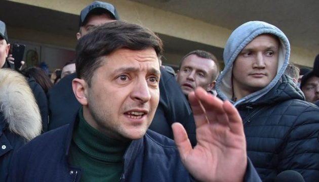 Ουκρανία – Χτυπάει πρωτιά στα προγνωστικά ο κωμικός ηθοποιός Ζελένσκι