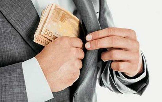 Η ελληνική εκδοχή της «οικονομίας της αγοράς» και οι «εραστές» της φοροδιαφυγής