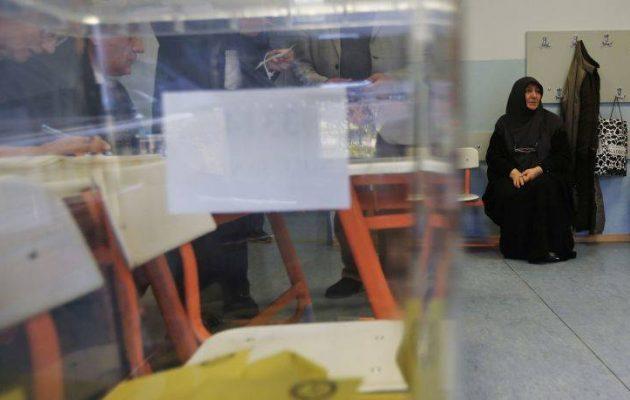 Αρχίζει εμφύλιος στην Τουρκία; – Δύο νεκροί σε εκλογικό κέντρο