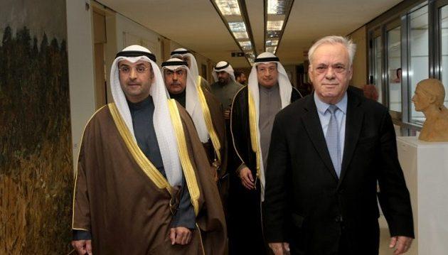 Για επενδύσεις μίλησαν Δραγασάκης και υπουργός Οικονομικών του Κουβέιτ