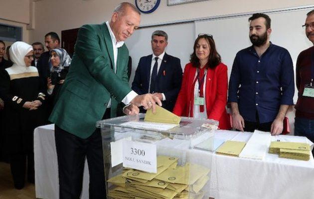 Εκλογές Τουρκία: Ο Ερντογάν έχασε τη Σμύρνη – Χάνει την Άγκυρα δεν κερδίζει την Πόλη