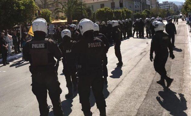 Συνελήφθησαν δώδεκα ακροδεξιοί τραμπούκοι στην Καλλιθέα