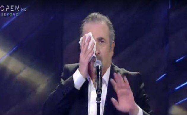 Ο Λαζόπουλος έκανε πρεμιέρα κοροϊδεύοντας τον Κούγια (βίντεο)