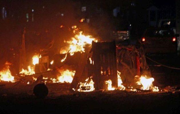 Τζιχαντιστές τίναξαν στον αέρα εμπορικό κέντρο στο Μογκαντίσου