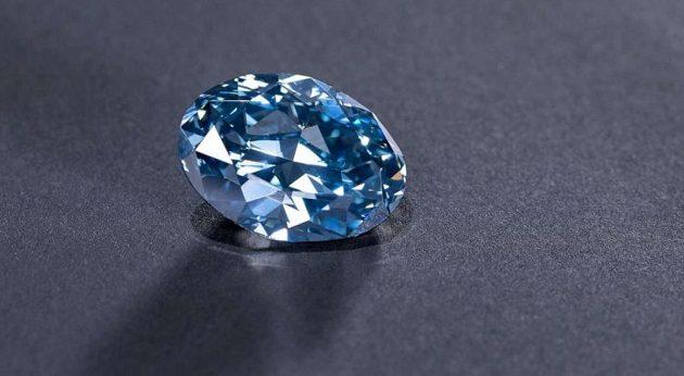 Σπάνιο μπλε διαμάντι 20 καρατίων εξορύχθηκε στη Νότια Αφρική