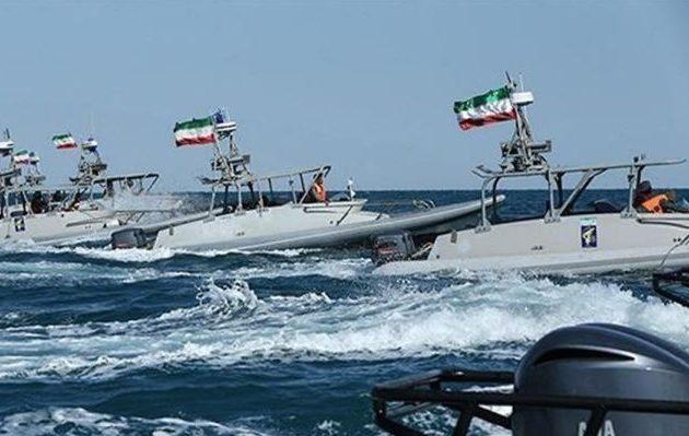 Το Ιράν απείλησε τις ΗΠΑ με «συνέπειες» για τα Στενά του Ορμούζ