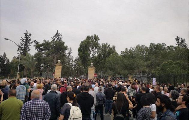 Κύπρος: Συγκέντρωση διαμαρτυρίας για την ολιγωρία των Αρχών στους φόνους του σίριαλ κίλερ