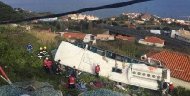 Τραγωδία στην Πορτογαλία: 28 νεκροί από ανατροπή λεωφορείου