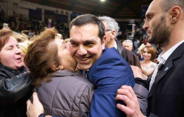 Ο Τσίπρας στην αγκαλιά του δημοκρατικού λαού της Πάτρας – «Για τον λαό και την πατρίδα»