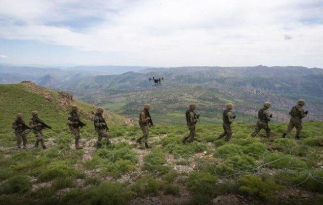 Η Τουρκία θα επιτεθεί στους Κούρδους της Συρίας με αερομεταφερόμενες δυνάμεις (βίντεο)