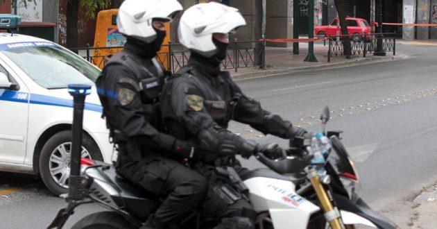 Επίθεση σε αστυνομικούς της ομάδας ΔΙΑΣ στα Εξάρχεια – Ένας αστυνομικός τραυματίας