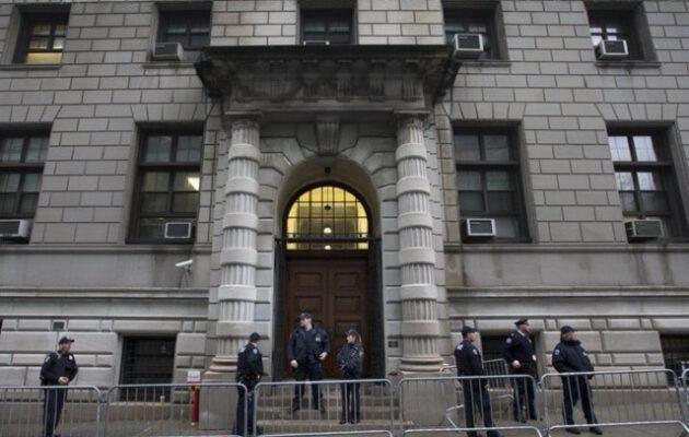 Απίστευτο σχέδιο για να μεταφερθεί ένας κατηγορούμενος 400 κιλών στο δικαστήριο
